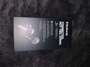 Skull candy wireless ear buds for Sale in Garden Grove, CA