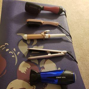 Blow driers, hair straighteners, hair curler for Sale in Elk Grove Village, IL
