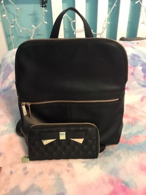 Women's backpack and wallet for Sale in Riverside, CA