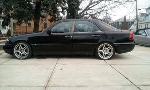 W202 mercedes c280 sport project or parts clean title for Sale in Mount Sinai, NY
