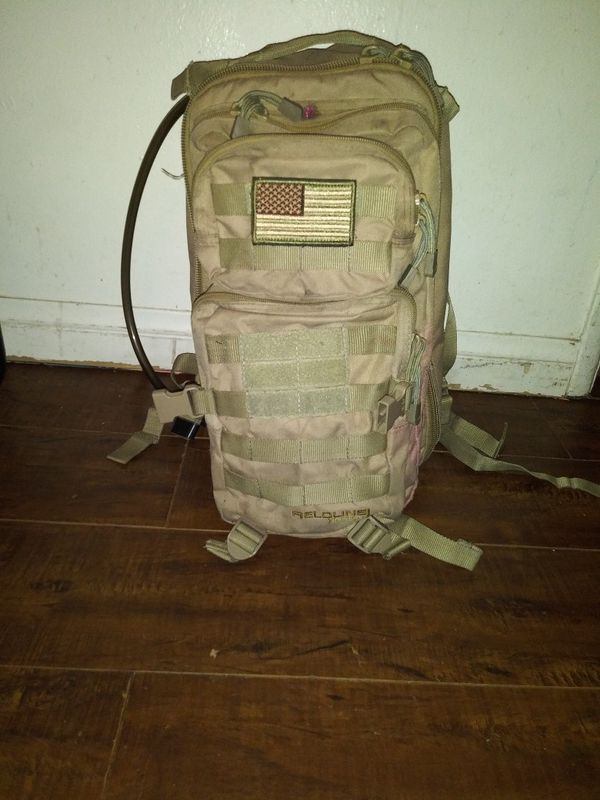 army backpack with hydration blatter