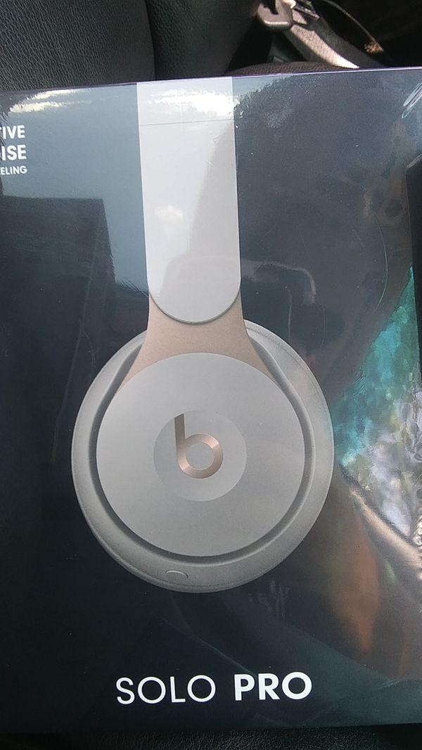 Beats by Dre Solo pro headphones