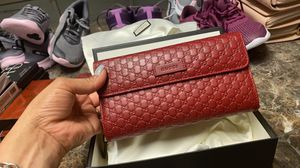 Gucci wallet BIG for Sale in Antioch, CA