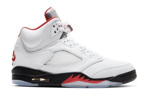 Jordan 5 Retro fire red size 9.5 for Sale in Pleasant Grove, UT
