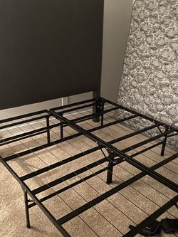 Bed Queen Size for Sale in Ladera Ranch,  CA
