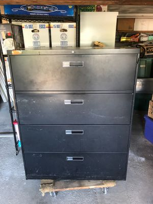 file cabinet, metal 4 drawer for Sale in Stoneham, MA