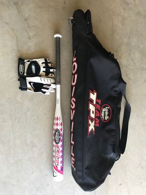 "Louisville Bat bag, 31"" Softball bat, and Batting gloves for Sale in Euless, TX"