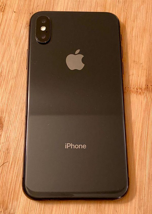 MINT *IPHONE X 256 GB Bundle Space Grey **verizon**