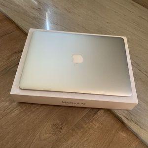 Macbook air 2015 for Sale in West Covina, CA