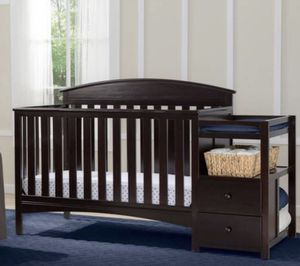 Baby crib and changer for Sale in Phoenix, AZ