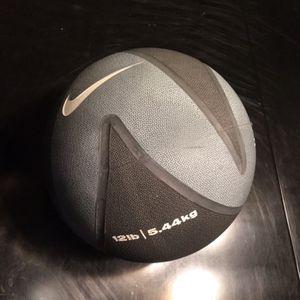 12lb Nike Medicine Ball for Sale in Phoenix, AZ