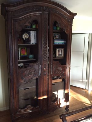 Antique French Armoire for Sale in Bellevue, WA