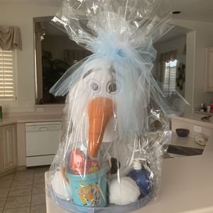 Olaf Plushy With Bucket Of Sand/snow Toys And Snowball Hand Soap for Sale in Chandler, AZ