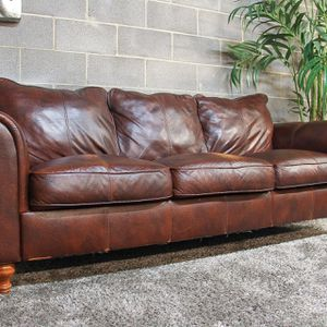 ***Linden Street Brown Genuine Leather Sofa (Free Delivery) for Sale in Atlanta, GA