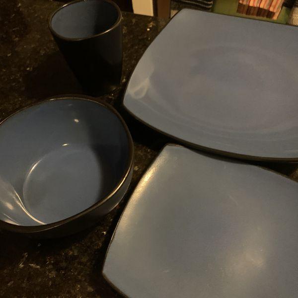 Kitchen Set (8 of each item)