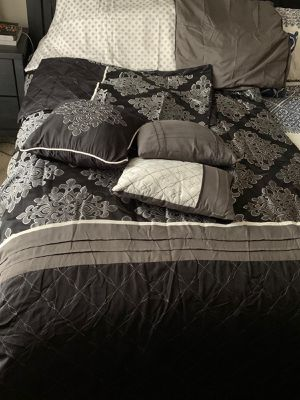 King size bed sheet for Sale in Sacramento, CA
