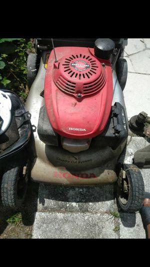 Honda self propelled lawn mower for Sale in Sanford, FL