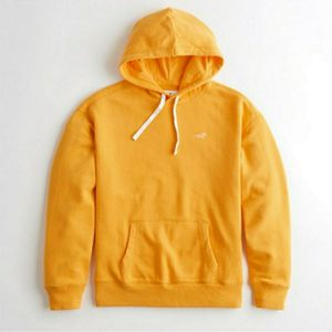 Nwt Mens Hollister Classic Yellow Hoodie for Sale in Salinas, CA