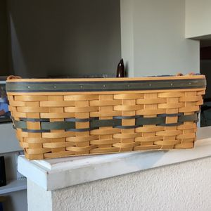Large Longaberger Basket for Sale in Lafayette, CA