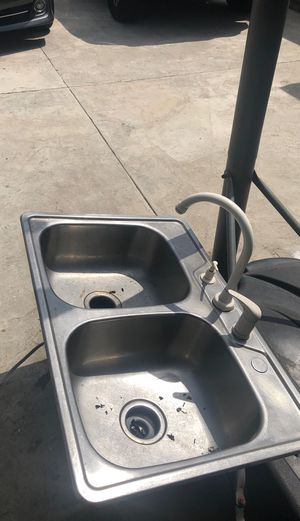 Kitchen sink for Sale in West Covina, CA