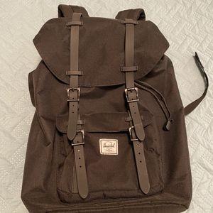 Backpack Herschel for Sale in Los Angeles, CA