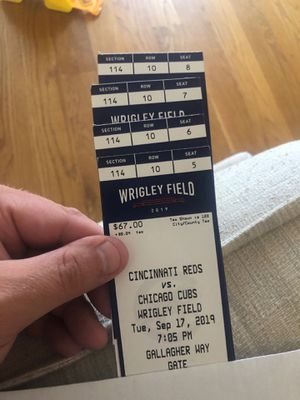 4 GREAT SEATS BY THE CUBS DUGOUT for Sale in Chicago, IL