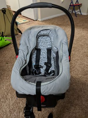 Graco baby car seat & stroller for Sale in NO POTOMAC, MD