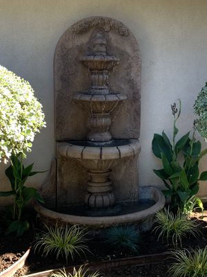 Outdoor yard water Fountain for Sale in Upland, CA