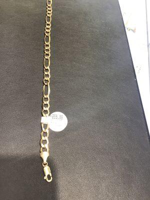 10k. Bracelet 4g for Sale in Chicago, IL