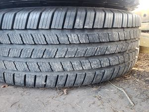 MICHELIN LTX M/S 2. LT285/70R17 for $65 for Sale in Milton, WA