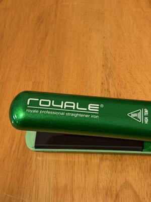 Royale flat iron for Sale in North Smithfield, RI