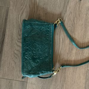 Hobo Cross Body for Sale in Ridgefield, WA