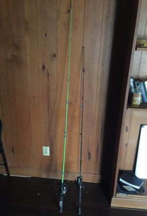 Fishing poles (Great condition) for Sale in High Point, NC