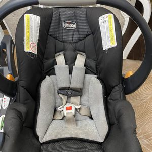 Chicco Key Fit Car seat & 2 Bases for Sale in Brighton, CO