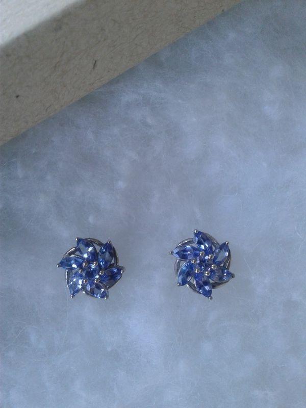 NEW Genuine Tanzanite Earring Studs