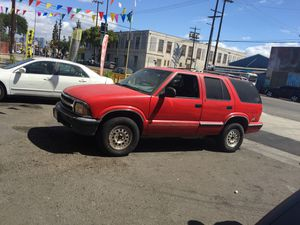 97 Chevy Chevy blazer 97 for Sale in Los Angeles, CA