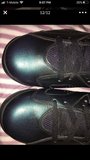 Jordan shoes size 11 for Sale in Chicago, IL