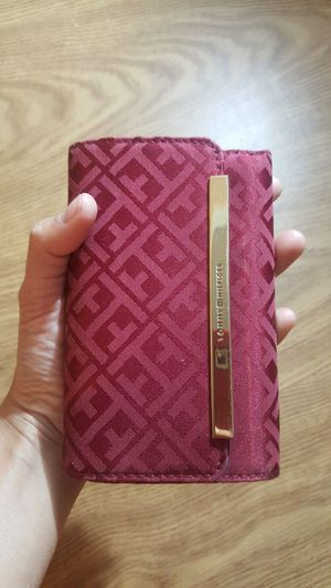 Tommy Hilfiger wallet for Sale in Stanwood, WA