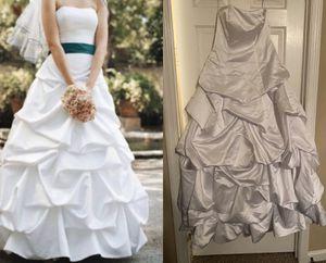 David's bridal wedding dress size 8 for Sale in Murfreesboro, TN