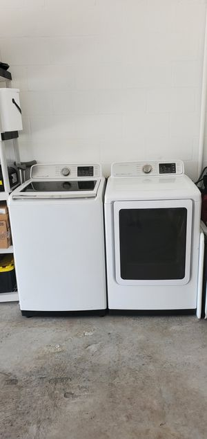 SAMSUNG WASHER & DRYER SMART CARE for Sale in Tampa, FL