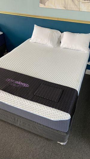 Queen Cooling Memory Foam Mattress with Green tea Support Foam XQQA for Sale in Irving, TX