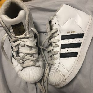 Adidas Kids Shoe Size 12 for Sale in Matteson, IL