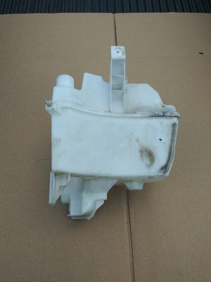 Nissan Juke Windshield Washer Fluid Reservoir Tank Bottle for Sale in Hialeah, FL