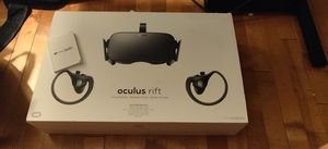 Oculus rift VR headset for Sale in Doylestown, OH