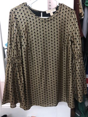 NWT Michael KORS top for Sale in Andover, MA
