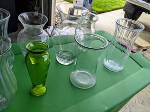 Moving Sale - 8 glass Vases for Sale in Fontana, CA