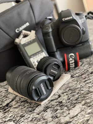 Canon 6D with macro 180mm-300mm + 50mm + zoomH1 + extra charger for Sale in Maitland, FL