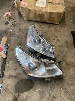 Infiniti g37 g35 headlights for parts for Sale in Oak Lawn, IL
