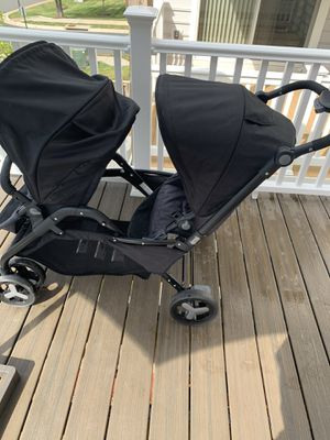 ZOBOv Beautiful Double stroller great condition Lightly used for Sale in Ashburn, VA