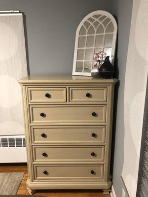 Bedroom set for Sale in Wethersfield, CT